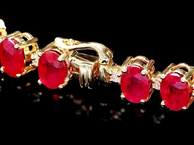 14k Gold 32.00ct Ruby 0.80ct Diamond Bracelet - 3
