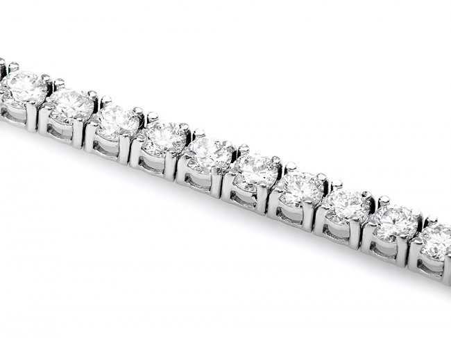 18k White Gold 4.45ct Diamond Bracelet - 3