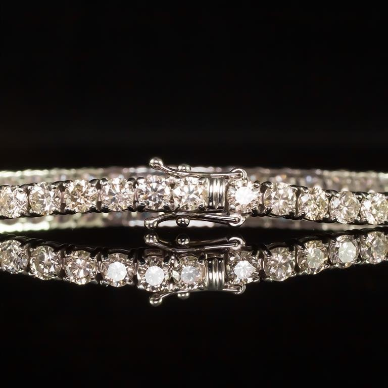 18K Gold 9.02ct Diamond Bracelet - 3