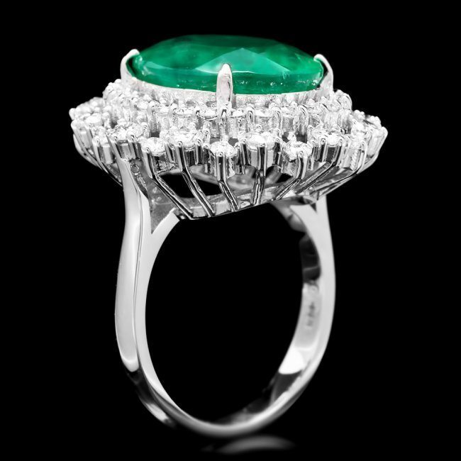14k White Gold 8.10ct Emerald 1.80ct Diamond Ring - 2