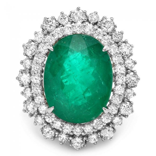 14k White Gold 8.10ct Emerald 1.80ct Diamond Ring - 3