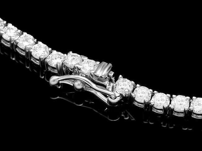 18k White Gold 13.00ct Diamond Necklace - 3
