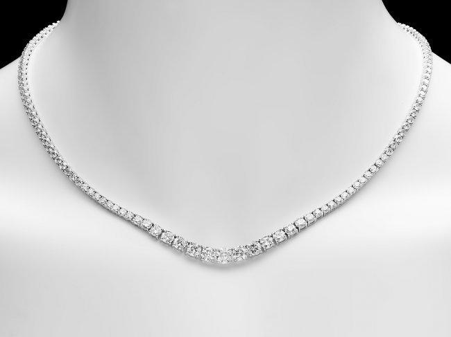 18k White Gold 13.00ct Diamond Necklace - 5