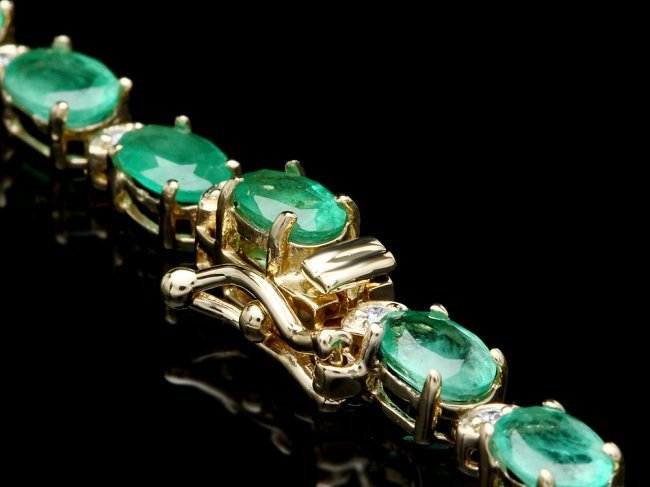 14k Gold 24ct Emerald 2.00ct Diamond Necklace - 3