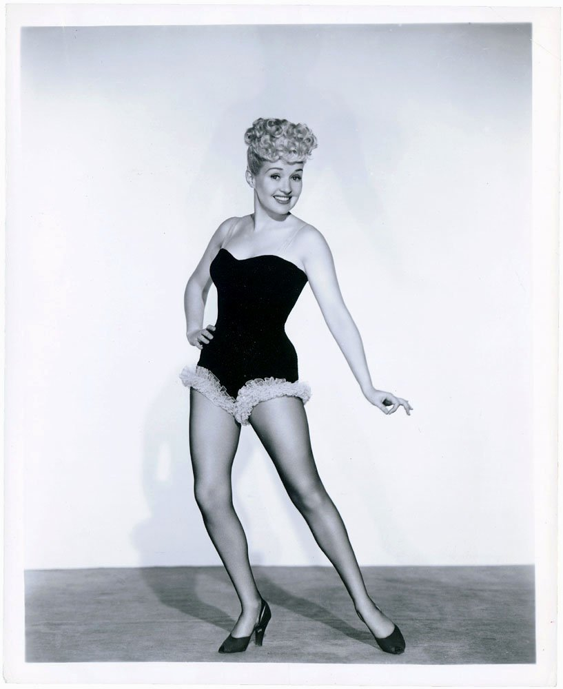 BETTY GRABLE Original Pin-Up Photo-Her Famous Long Legs