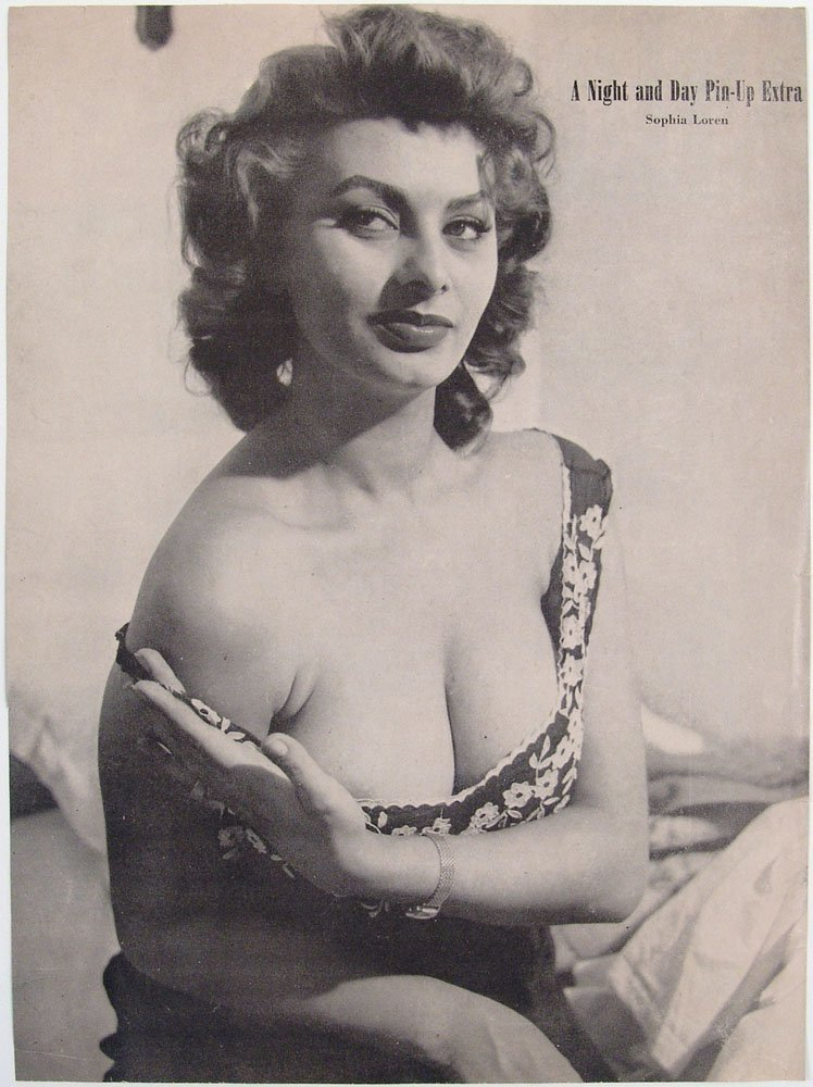 1958 Night & Day Risque Cover - Big SOPHIA LOREN Pin-Up