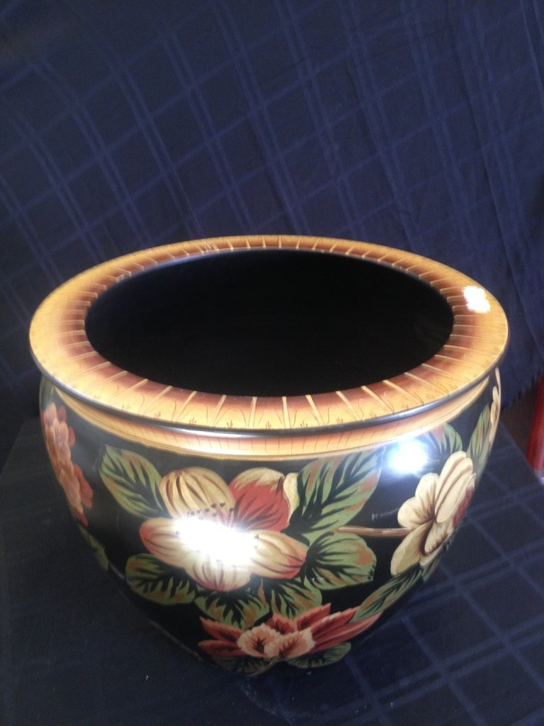 "Large decorative  Asian planter height 16 1/2"" Diameter"