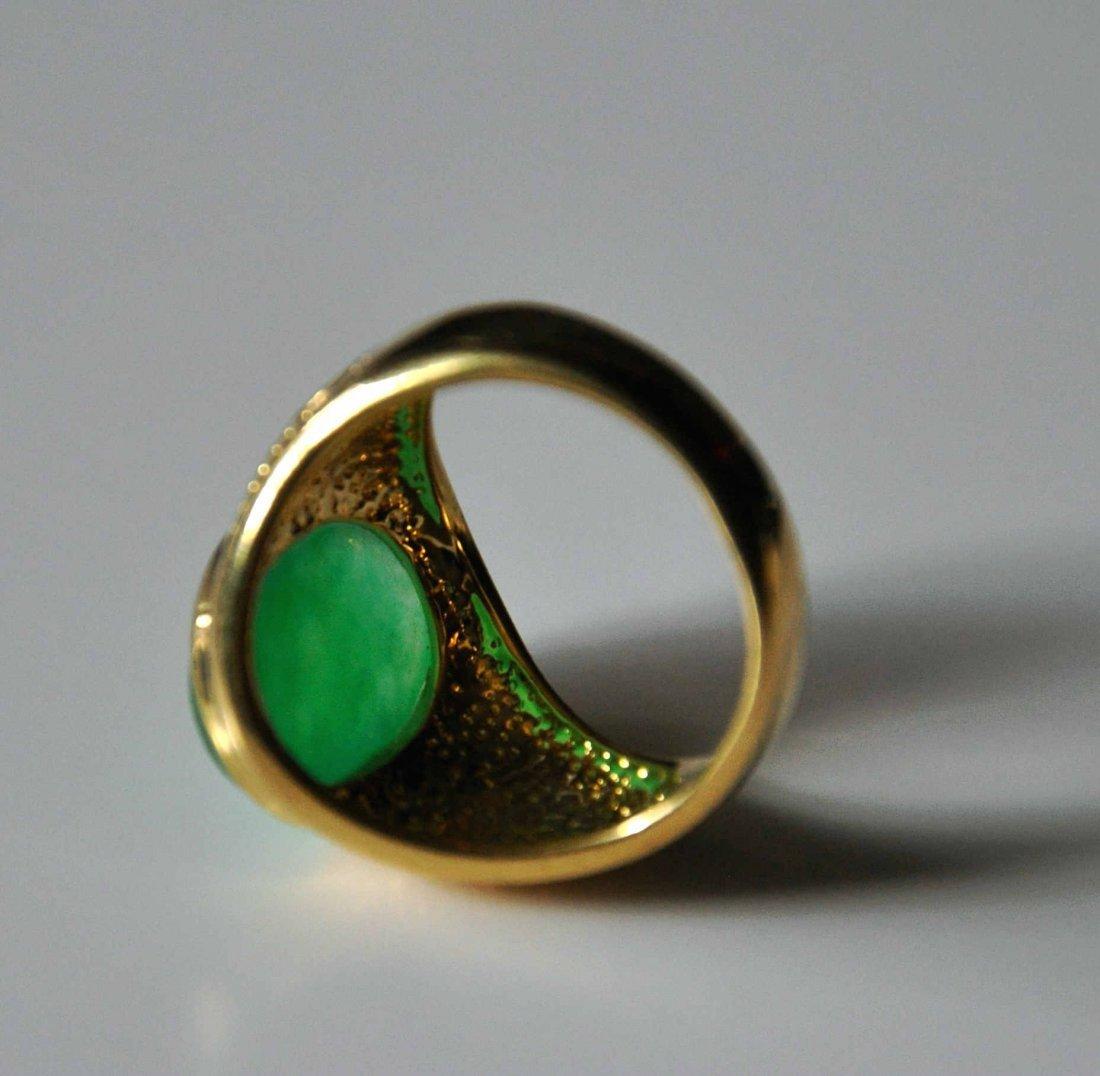 A translucent men jadeite ring - 4