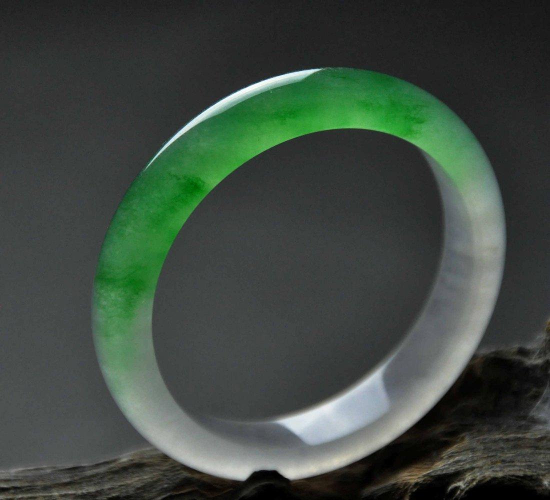 A translucent jadeite bangle - 2