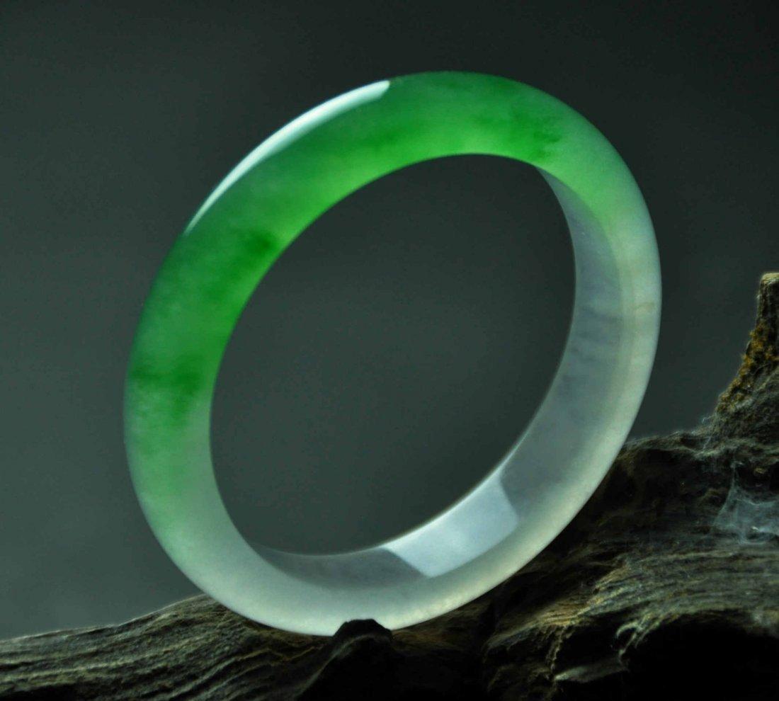 A translucent jadeite bangle - 5