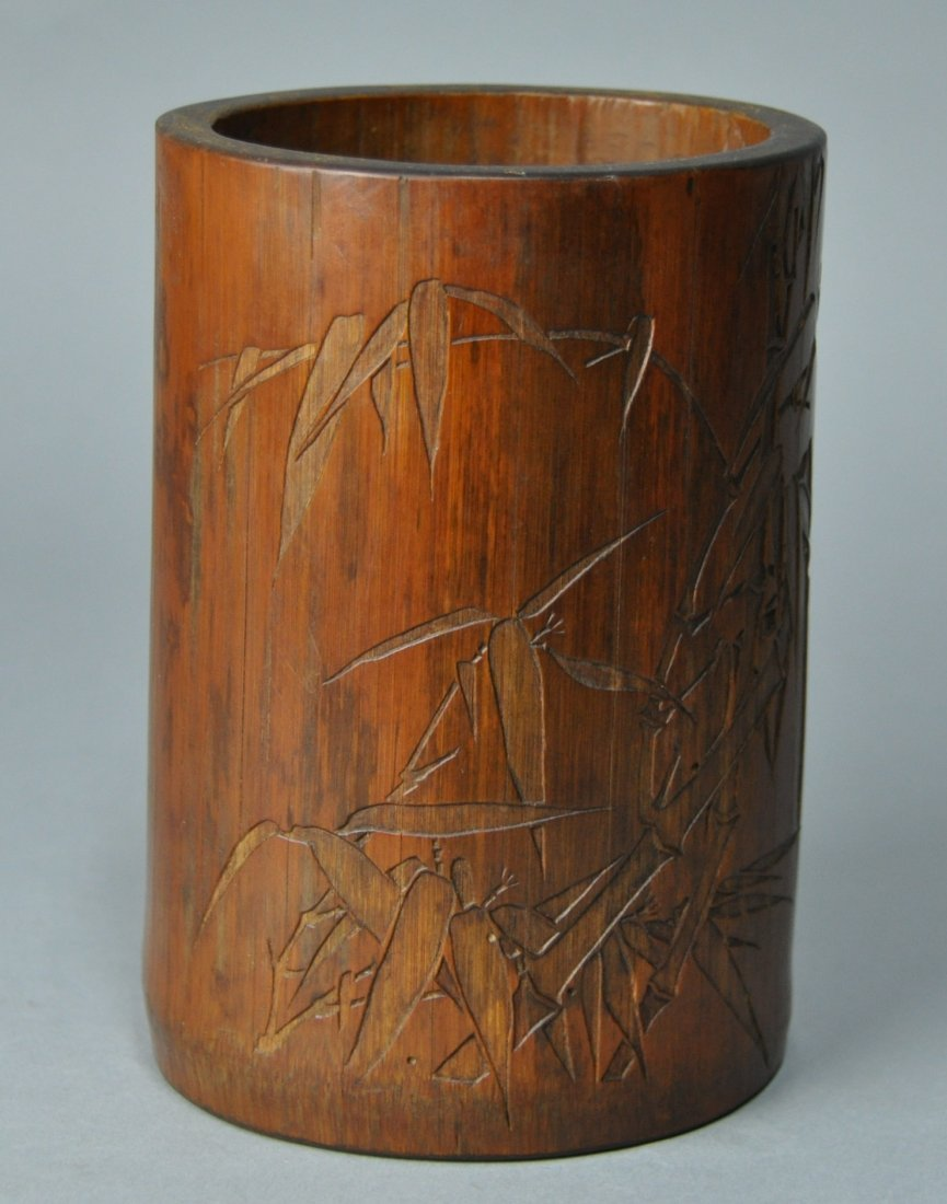 A Qing Dynasty carved bamboo brush pot - 7