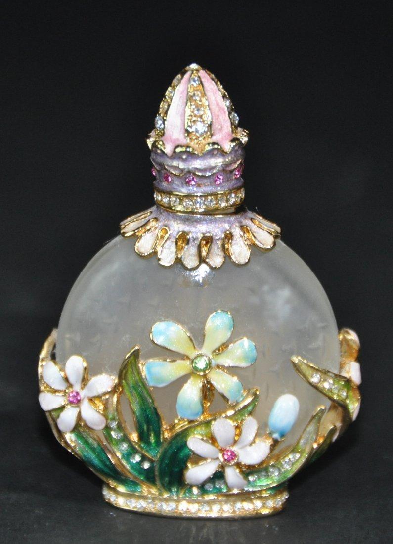 A Enameled glass snuff bottle