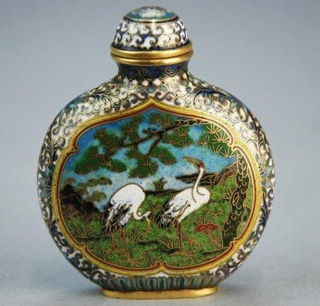 A Qianlong period cloisonne snuff bottle
