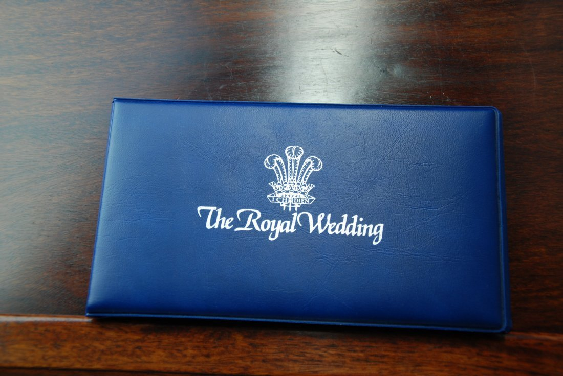 A Booklet with a Royal Wedding Coin and Stamps - 8