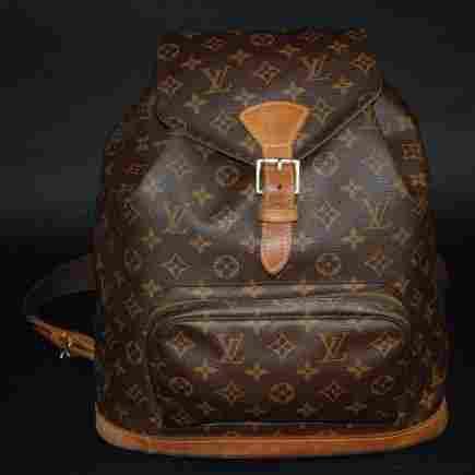 A Vintage Louis Vuitton Shoulder Leather Bag MI0040
