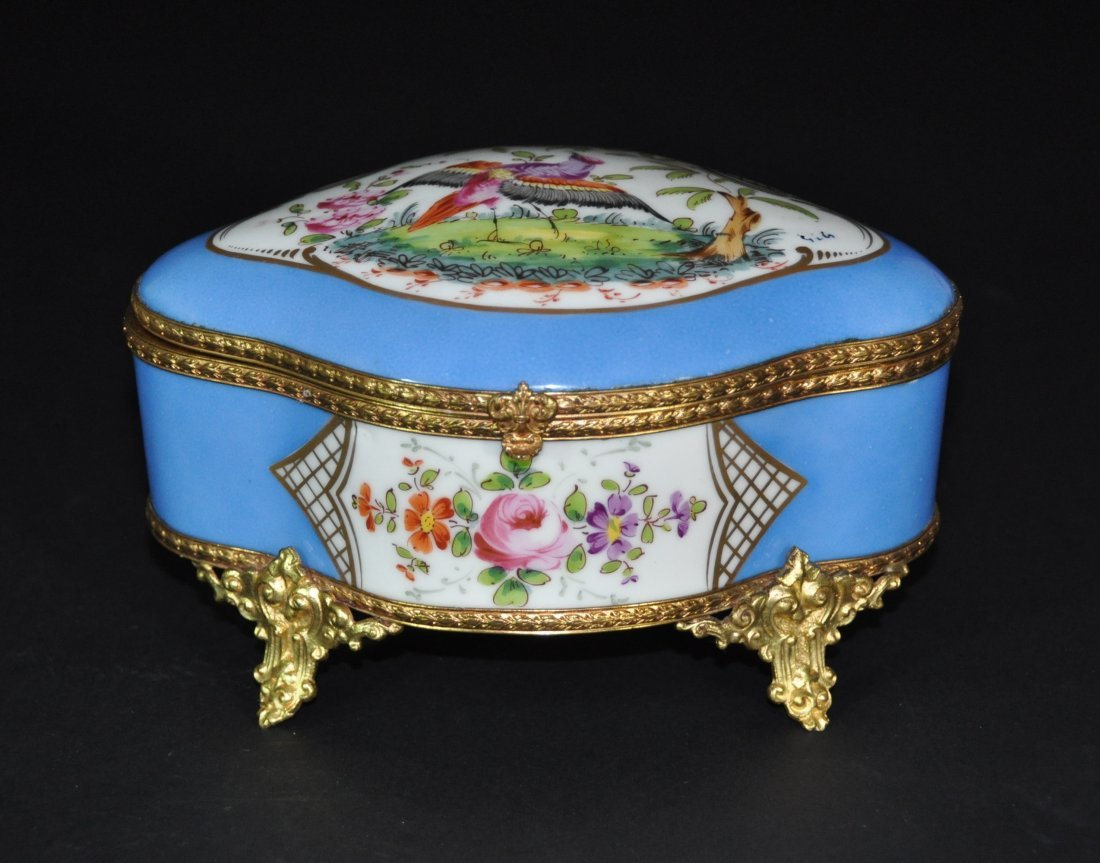 A 19th Century Royal enameled porcelain lidded box
