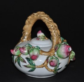 A Late Qing dynasty famille rose porcelain teapot