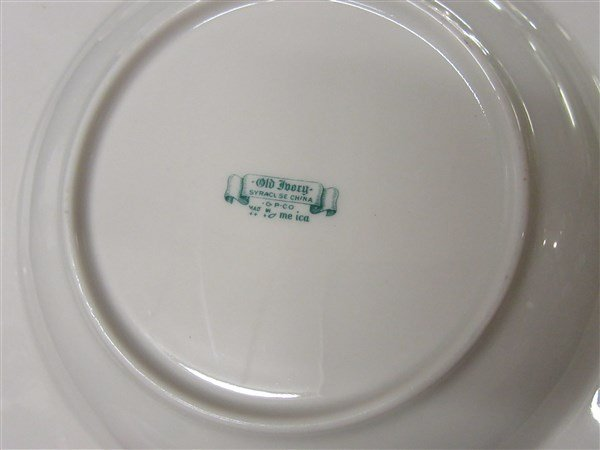 """Syracuse China """"Old Ivory"""" Floral Dinner Service - 4"""