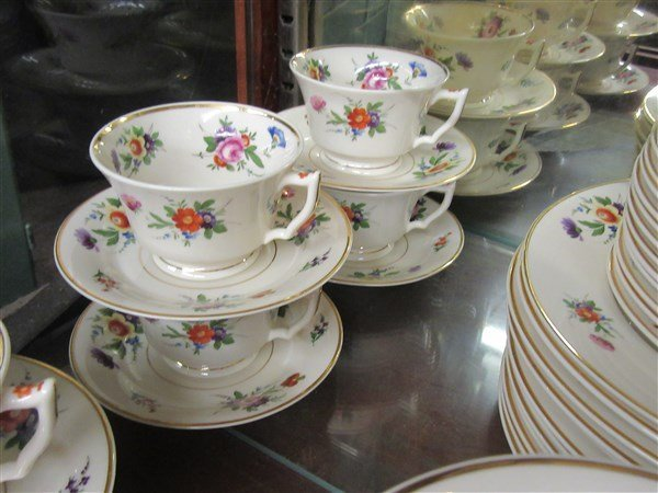 """Syracuse China """"Old Ivory"""" Floral Dinner Service - 5"""
