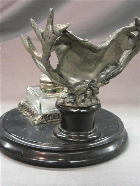 Antique Inkwell with Hunt Theme - 3