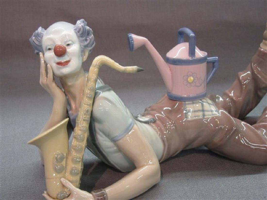"""Lladro 5764 Clown """"Seeds of Laughter"""" - 2"""