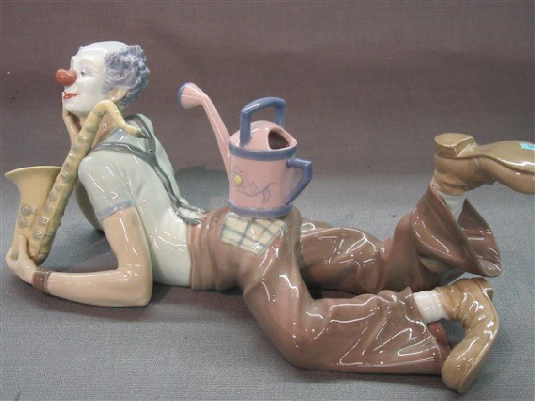 """Lladro 5764 Clown """"Seeds of Laughter"""" - 4"""