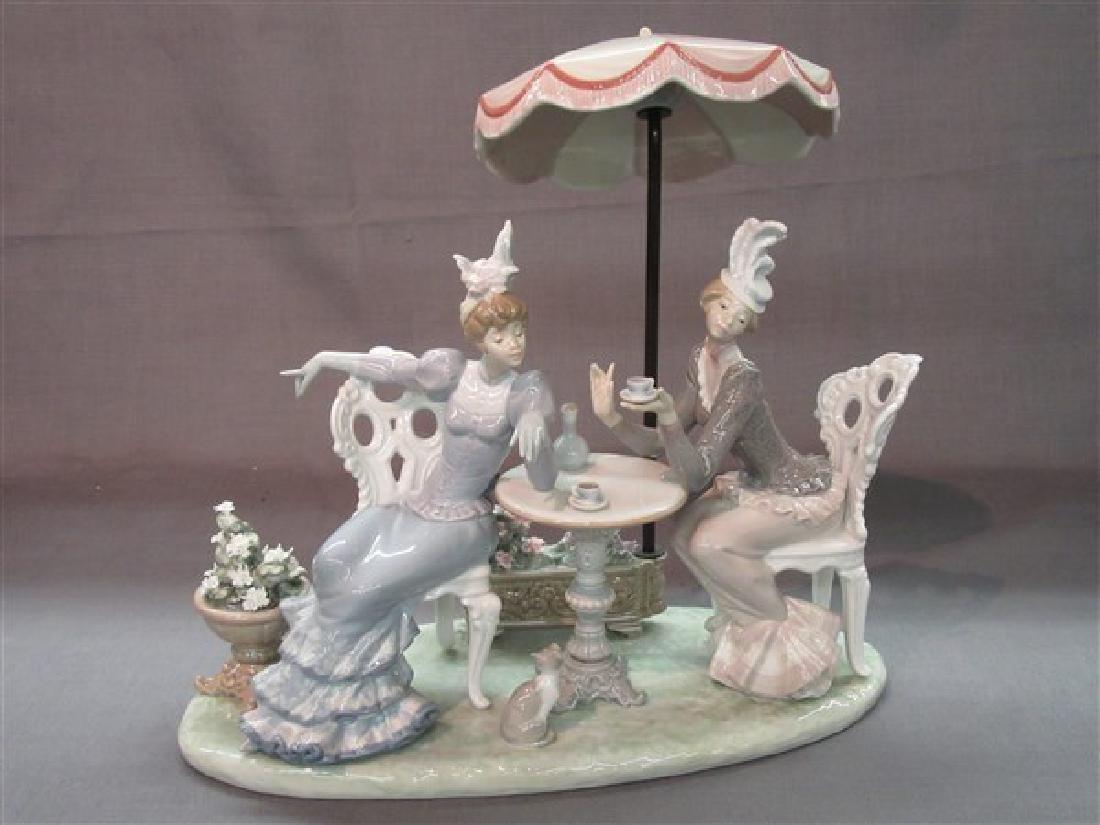 """Lladro 1511 """"Porcelain Cafe de Paris"""" Ladies Having Tea"""