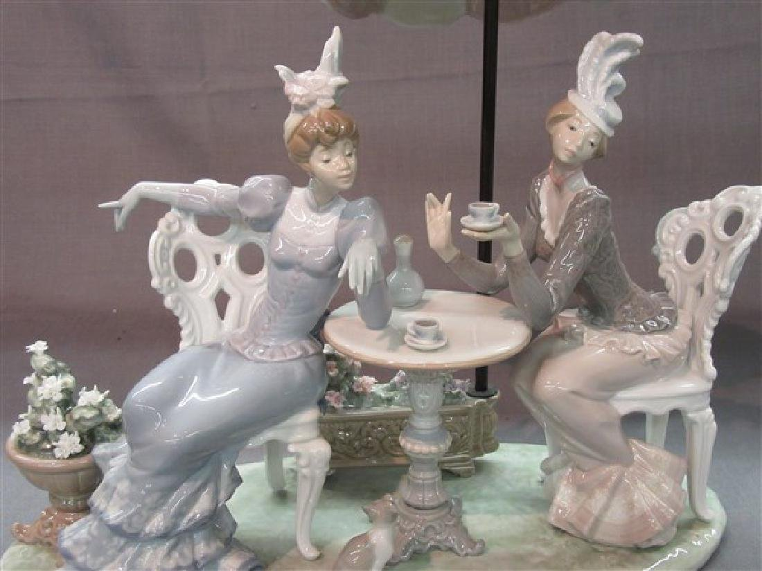 """Lladro 1511 """"Porcelain Cafe de Paris"""" Ladies Having Tea - 2"""