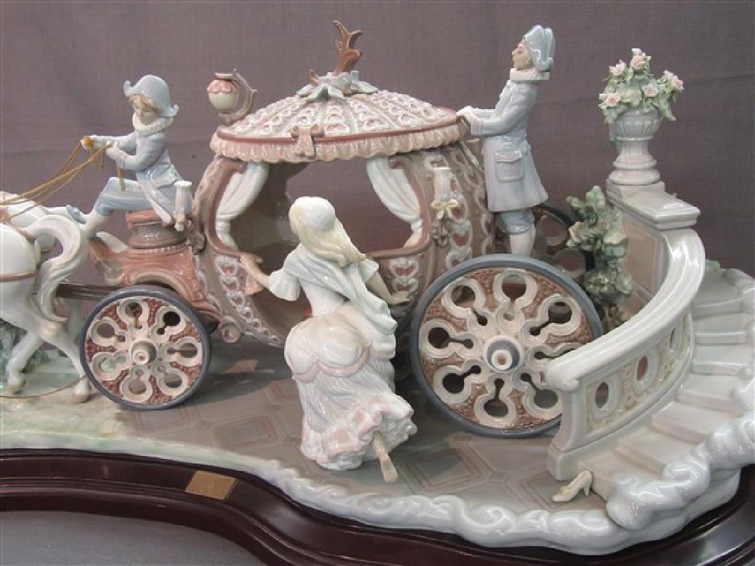 """Lladro 1463 """"Cinderella At The Stroke Of 12"""" - 2"""