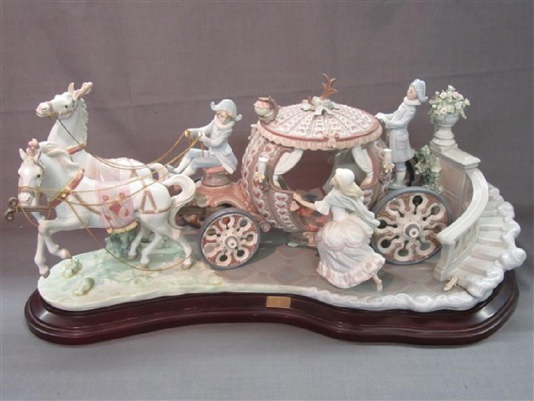 """Lladro 1463 """"Cinderella At The Stroke Of 12"""" - 6"""