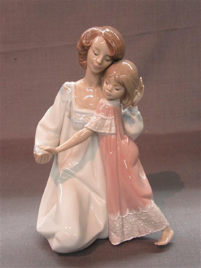 "Lladro 5449 "" Good Night"" Mother & Child"