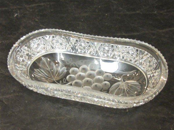 Tuthill Intaglio Grape ABCG Oval Dish