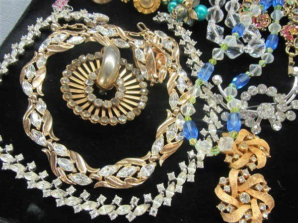 Vintage Estate Costume Jewelry Group - 2