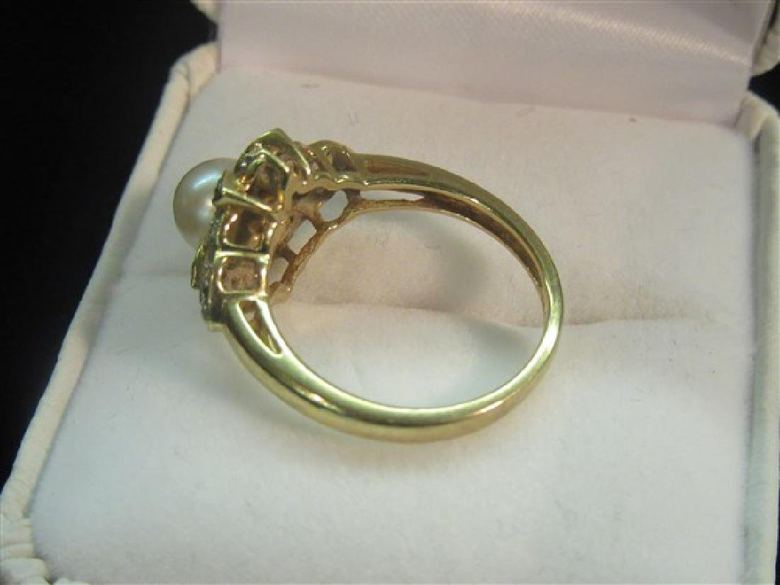 14k Yellow Gold Diamond And Pearl Ring - 3