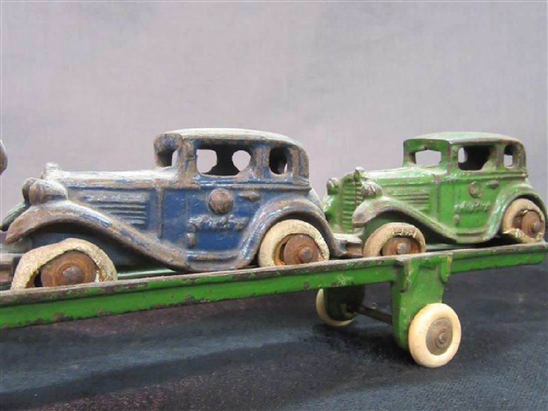 Austin Cast Iron Toy Car Carrier And Vehicles - 3