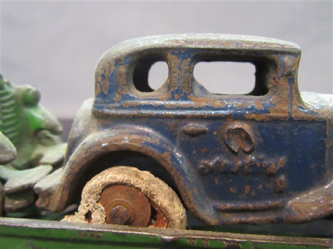 Austin Cast Iron Toy Car Carrier And Vehicles - 6