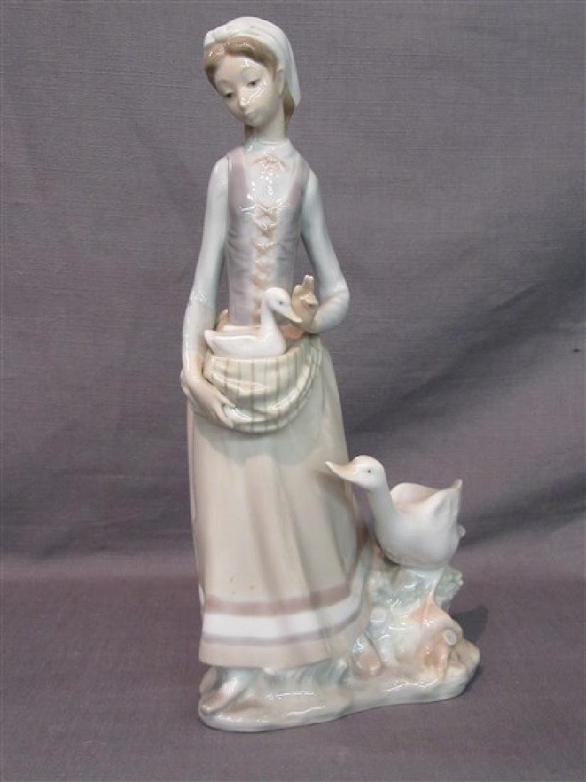 Lladro Girl With Goose Figurine