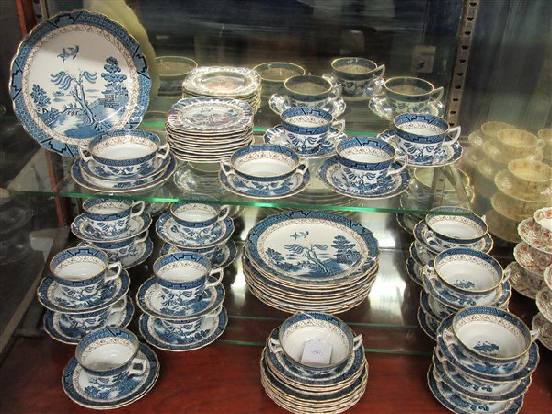 "Booth's ""Real Old Willow"" 84 Piece China Service"