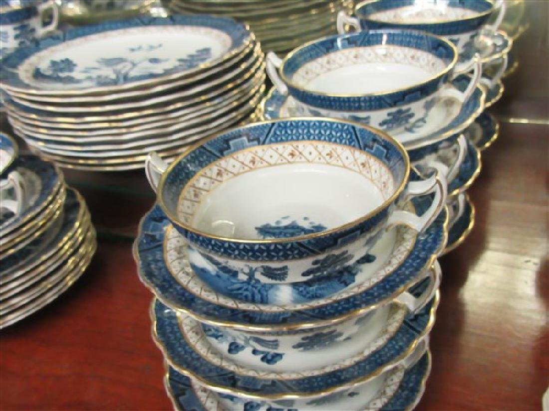 "Booth's ""Real Old Willow"" 84 Piece China Service - 4"