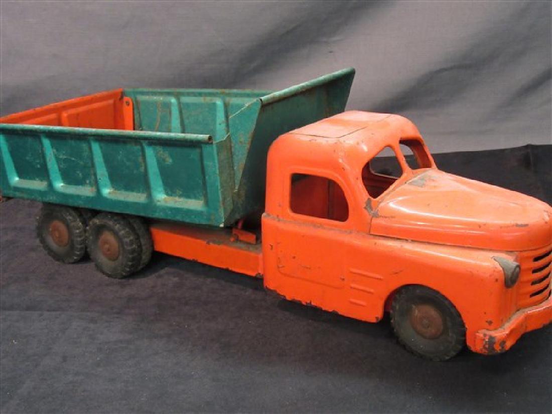 Vintage Metal Structo Toys Dump Truck