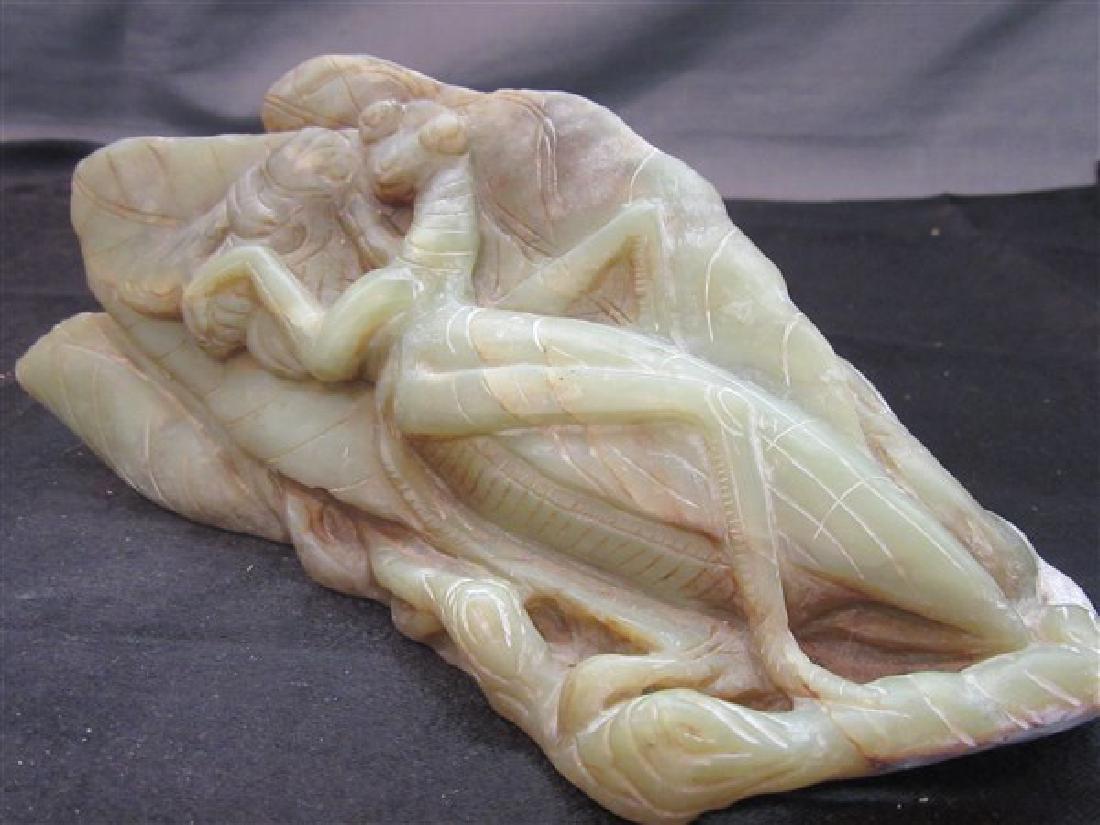 Chinese Green Soapstone Grasshopper Statue - 5