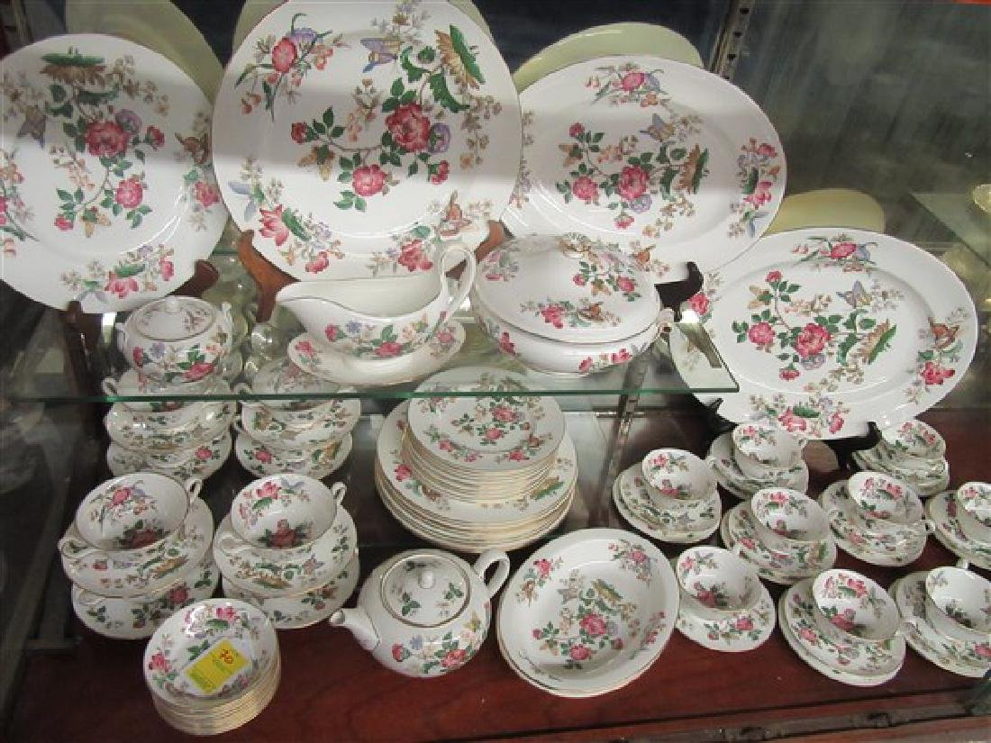84pc. Wedgwood Charnwood Floral Porcelain China Service - 2