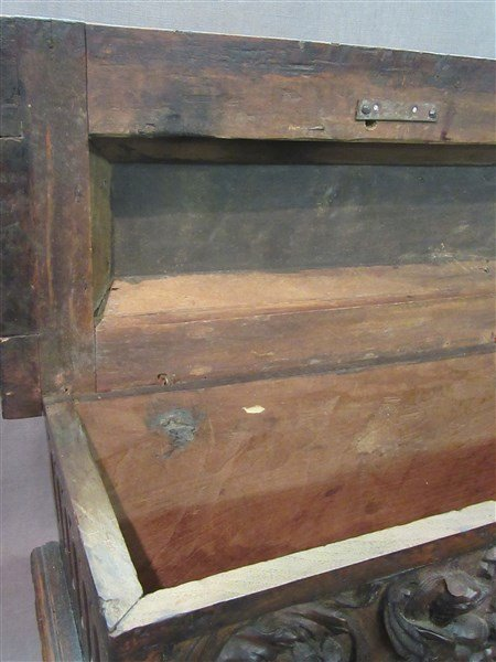 16th Century Casone Era Italian Miniature Chest - 5