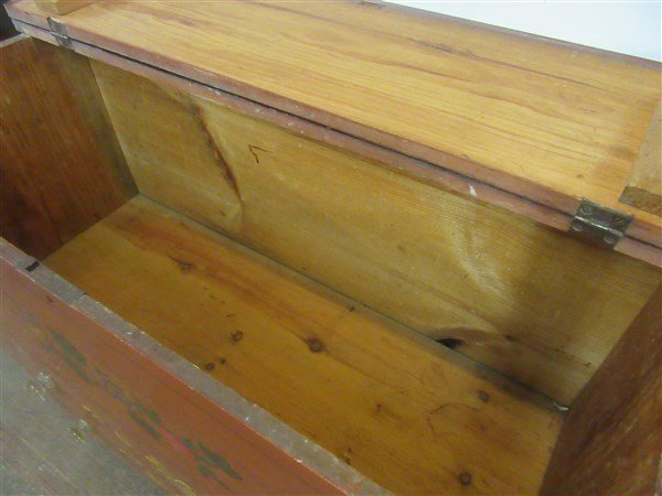 Red Painted American Pine Blanket Chest - 4
