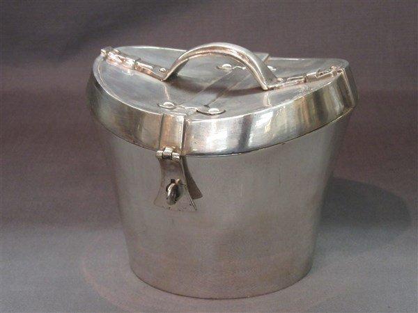Mattahedeh Design Top Hat Box Form Box