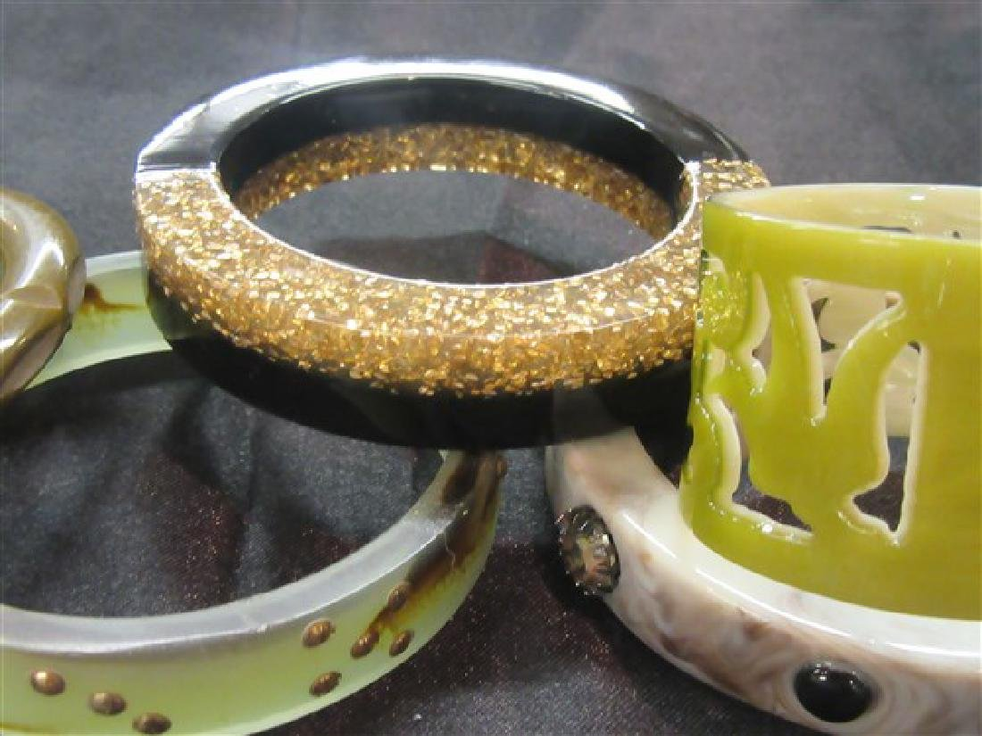 Five (5)  Vintage Plastic Bangle Bracelets - 3