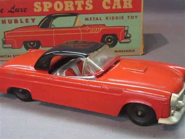 Vintage Hubley Deluxe Sports Car - 2