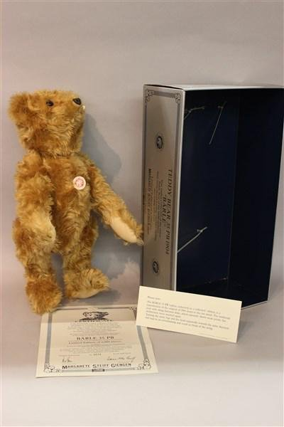 "Steiff Replica 1904 Teddy Bear ""Barle"""