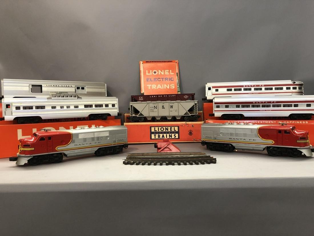 Vintage Lionel Sante Fe 2383P And 2383T Train Set
