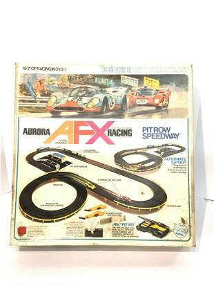 Vintage Aurora AFX Racing Slot Car Set